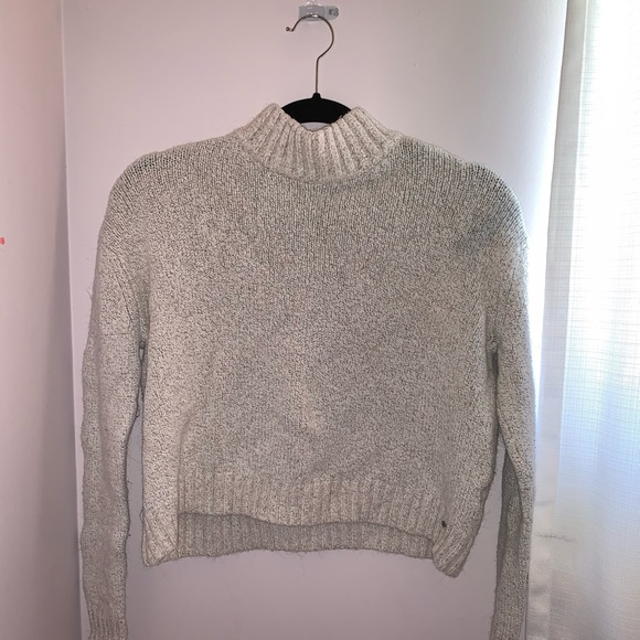AE Cropped Sweater